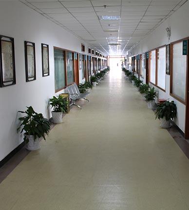 脑康医院走廊